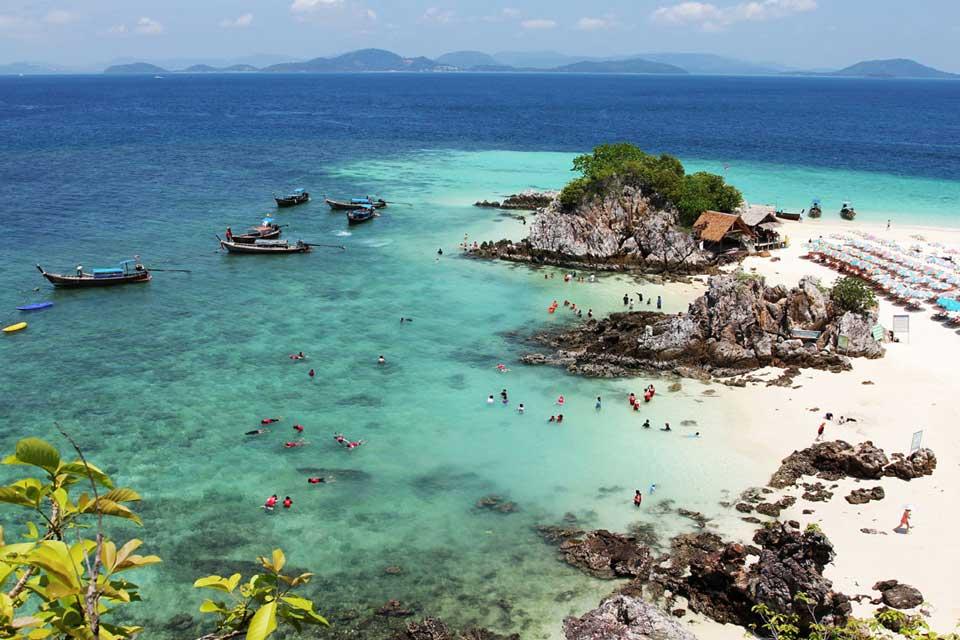 острова Кхай - лучшее место для экскурсии на яхте с Пхукета