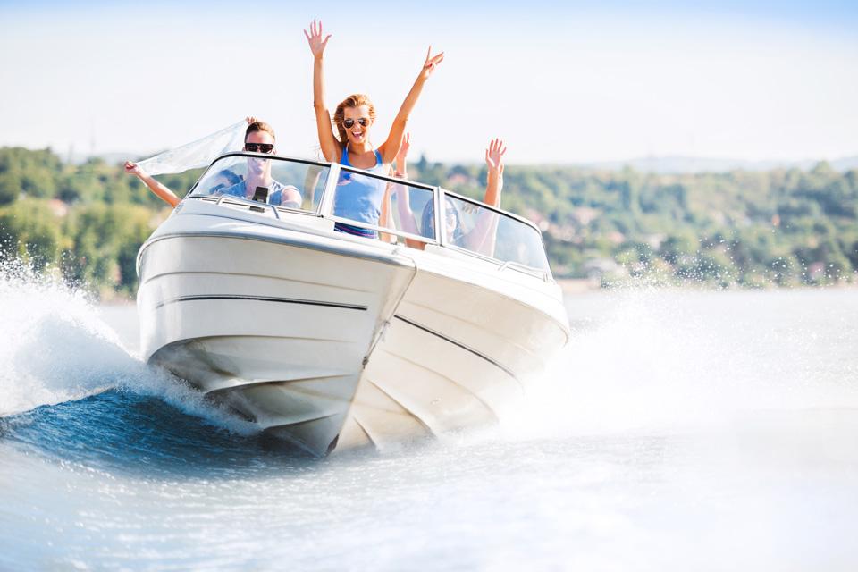 как выбрать на Пхукете быстроходную яхту в аренду