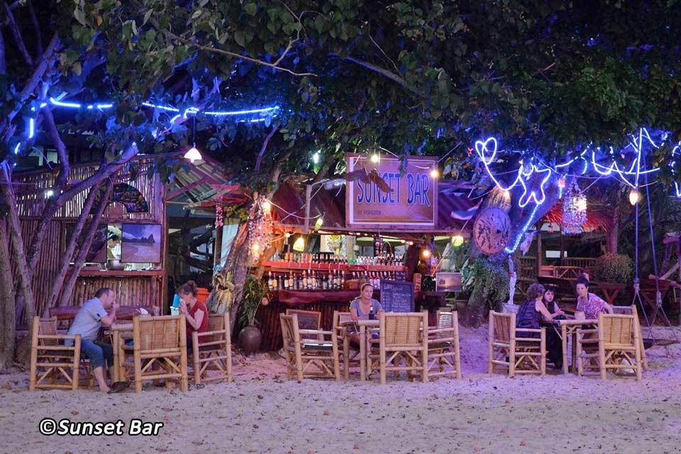рестораны во время круиза по заливу Пханг Нга